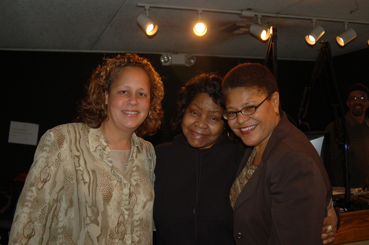 Jacquie Stephens, host, L.A. Speaks Out, flanked by Assemblywomen Laura Richardson and Karen Bass.