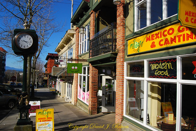 Harris Ave shops in Fairhaven, Bellingham WA