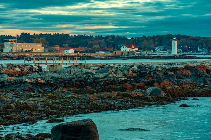 New Hampshire-New Castle-Constitution Light