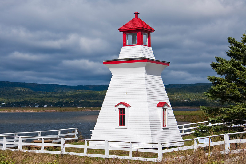 CANADA-NEW BRUNSWICK-HARVEY-ANDERSON HOLLOW LIGHT