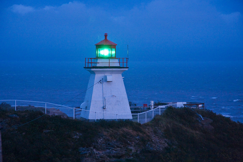 CANADA-NEW BRUNSWICK-CAPE ENRAGE-CAPE ENRAGE LIGHT