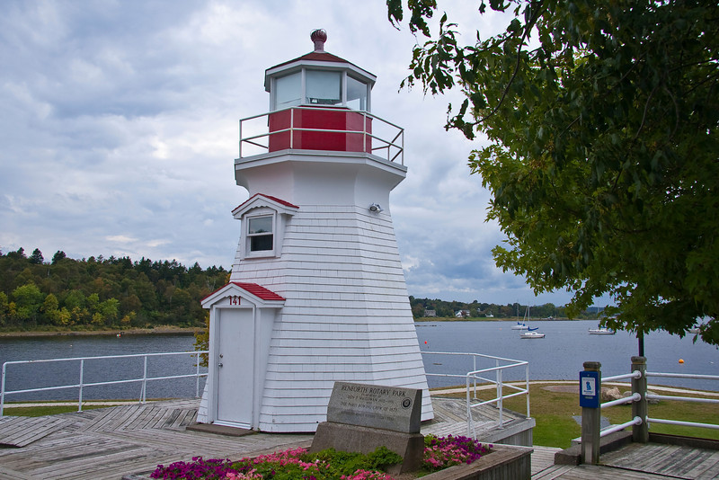 CANADA-NEW BRUNSWICK-RENFORTH-RENFORTH LIGHT