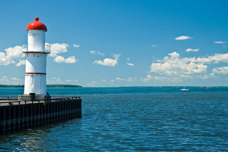 CANADA-QUEBEC-MONTREAL-LACHINE RANGE FRONT LIGHT
