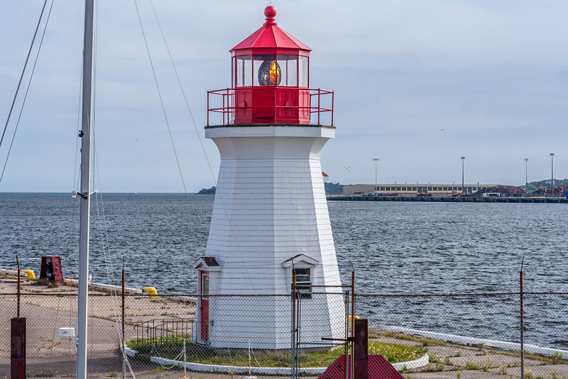 CANADA-NEW BRUNSWICK-SAINT JOHN-ST. JOHN HARBOR LIGHT