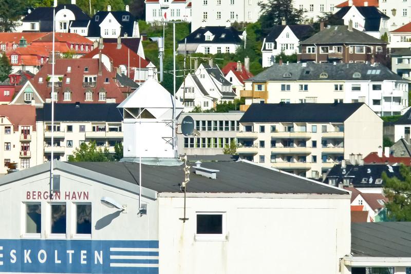 SCANDINAVIA-NORWAY-BERGEN-Skoltegrunnskaien LIGHTHOUSE