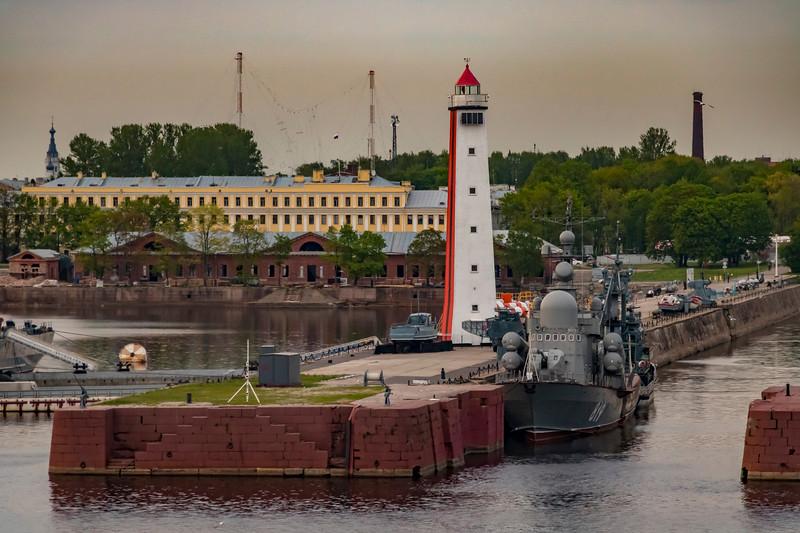 Russia-Saint Petersburg-Kotlin Island-Kabotazhnaya Gavan Range Rear (Petrovskaya Pristan)
