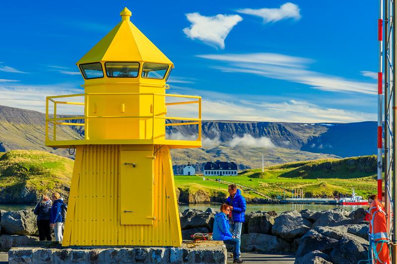 ICELAND-Reykjavik-Skarfabakki Pier Lighthouse