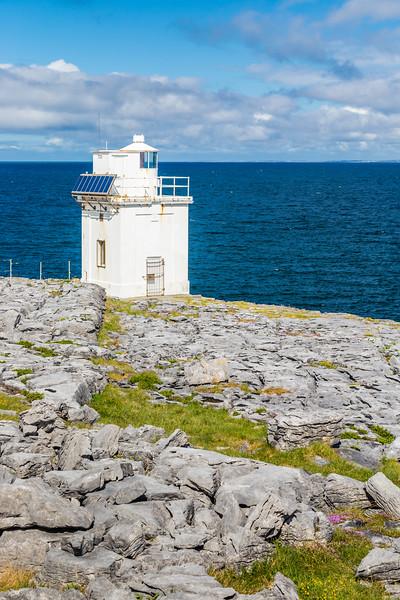 REPUBLIC OF IRELAND-BLACK HEAD-BLACK HEAD LIGHTHOUSE