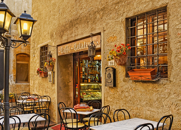 """""""Cafe Italia"""" - Volterra, Italy"""