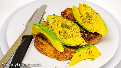 Good Friday seasoned sliced avocado 🥑 on fried wholemeal sourdough toast 🍞