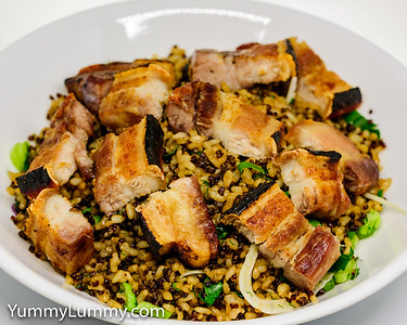 Oven roasted pork 🐖 belly with quinoa and brown rice 🍚