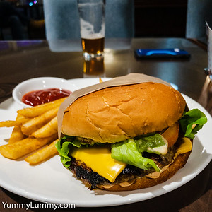 Beef burger with special sauce