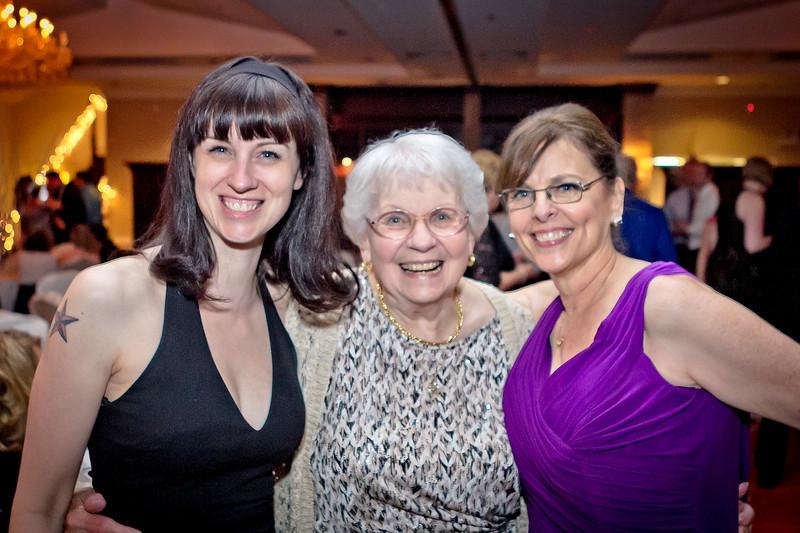 Michelle, Mom, Vicky (Travis's wedding)