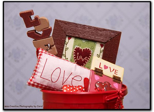 36/365 A Bucket Full of Love