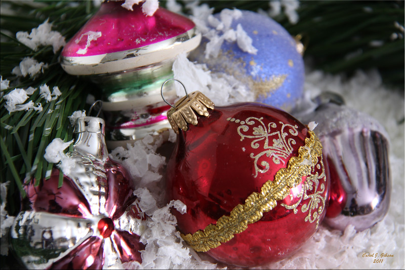 Day 2 - The Last of the Ornaments.
