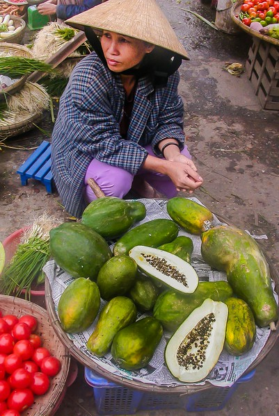 Papaya street vendor