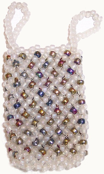Nickle Bag - iridescent and matt seedbeads 11/0