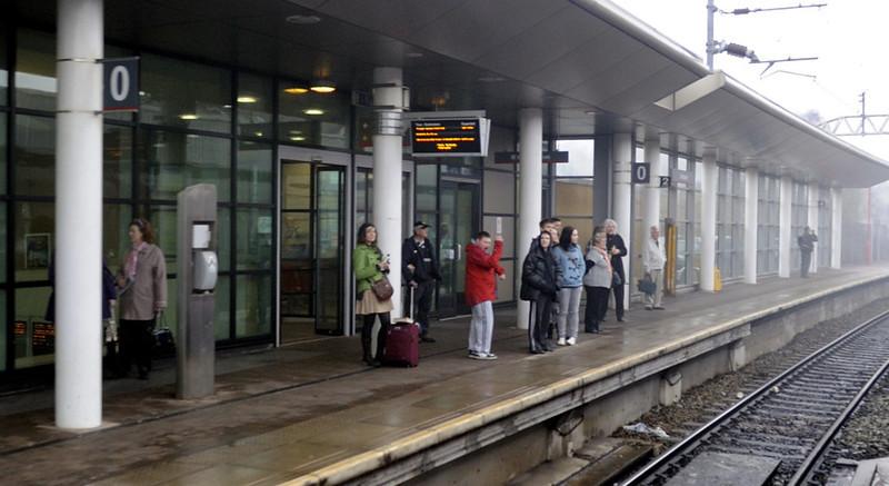 The new platform 0, Stockport, Sat 26 February 2011 - 1020