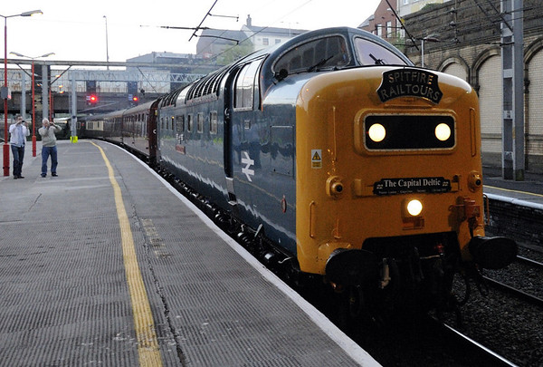 55022 Royal Scots Grey (& 57601), 5Z55, Preston, Sat 12 June 2010 - 0436      The Deltic arrives from Carnforth with the stock for Spitfire's Preston - King's Cross 'Capital De;tic.'  57601 was on the rear.