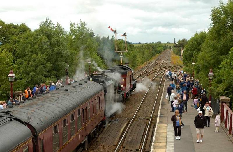 5972 Olton Hall & 48151, Appleby, Sat 30 July 2005 2.