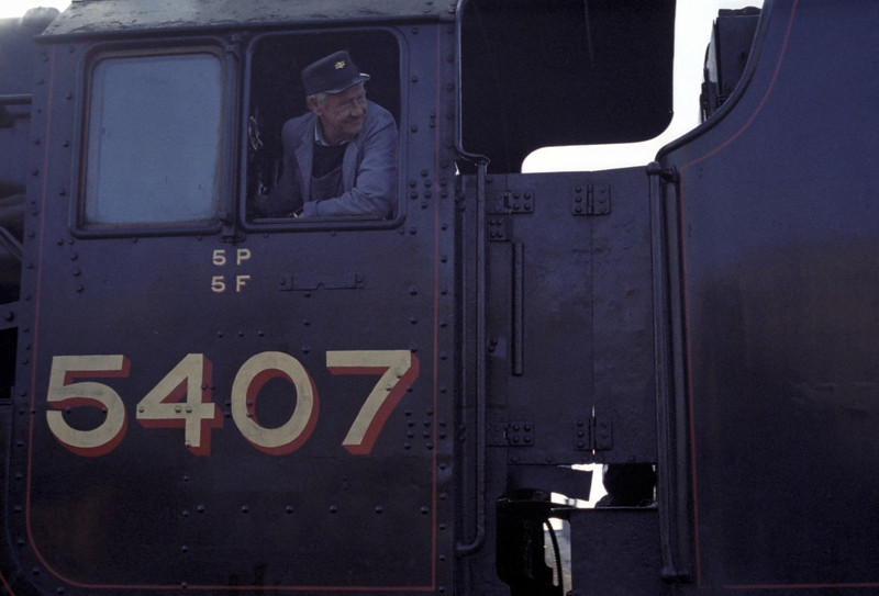 5407, Hellifield, Sat 29 October 1983 2.