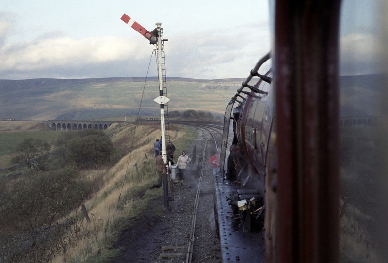 46229 Duchess of Hamilton, Garsdale, Sat 29 October 1983 5.  A view from the footplate.