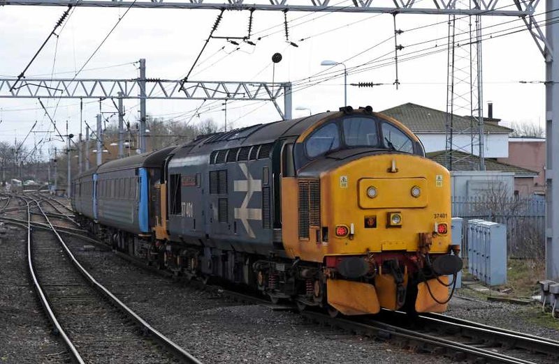 37401 Mary Queen of Scots, 2C34, Carlisle, Sat 27 January 2018 - 1435.  Northern's 1433 to Barrow.  It had been expected that class 68s would take over one of the Cumbrian coast loco-hauled diagrams from the 29th, so the train had been shortened in anticipation and comprised DBSO 9705 and only two coaches. 5971 and 6046.