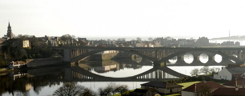 Bridge reflections, Berwick, Sat 19 November 2011 - 1050.