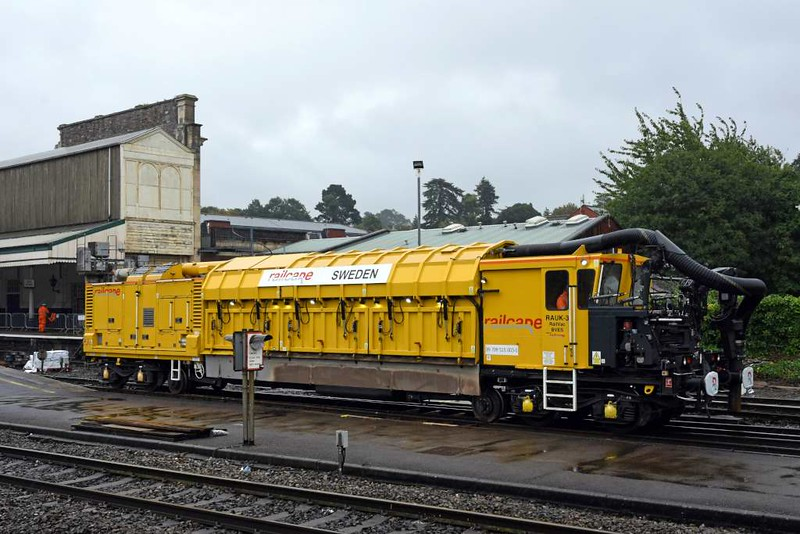 Railcare RA7-UK Rail Vac 99 709 515 003-0 / RAUK-3, Exeter St David's, Sun 3 September 2017 1.  These Swedish machines vacuum up wet or clogged ballast. There are six in Britain.
