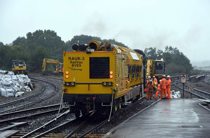 Railcare RA7-UK Rail Vac 99 709 515 003-0 / RAUK-3, Exeter St David's, Sun 3 September 2017 3.