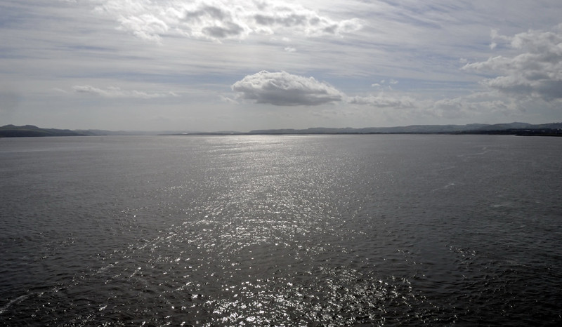 Looking west up the Firth of Tay, Fri 18 June 2010 - 1649