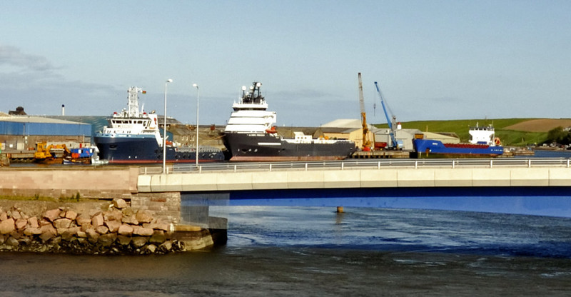 North Sea oilfield support vessels, Montrose, Fri 18 June 2010 - 1744