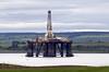 Oil rig, Cromarty Firth, Sun 20 June 2010 - 1127