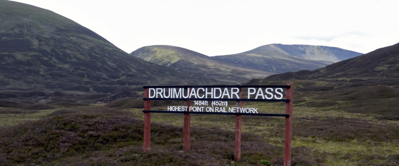 Druimuachdar summit, Mon 21 June 2010 - 1220