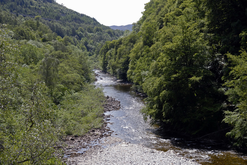 Looking south along the Pass of Killiecrankie and the River Garry, Mon 21 June 2010 - 1242