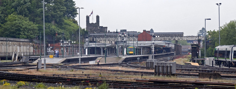 Shrewsbury, Sat 29 May 2010 3 - 1037    Looking north into Shrewsbury Station.  Originally, 'The Prisoner' had been booked to reverse and change locos here, but this plan was changed at the last minute.