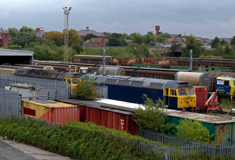 47812 & 47843 Vulcan, Warrington Arpley, 26 August 2009 - 0905     The Riviera 47s were visiting the DB Schenker depot to be prepared for bank holiday railtour duties.
