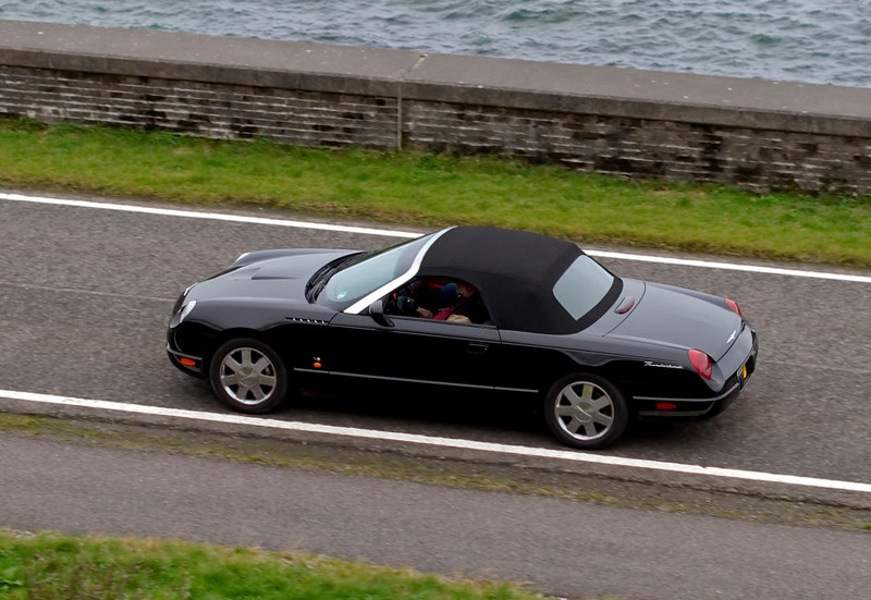 Ford Thunderbird, Morar, 26 September 2009 - 1705     Some people chased the 'West Highlander' over the three days.  I first spotted this Thunderbird at Beattock, on the old A74, on the 25th.  It is seen here shortly after we left Mallaig for Fort William.