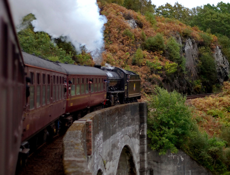 62005 Lord of the Isles, 1Z26, crossing Loch nan Uamh viaduct, 26 September 2009 - 1746