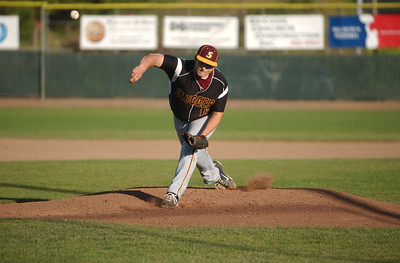 The Sluggers' Junior Davis delivers against the Humboldt Steelheads in the bottom of the first inning on Thursday.