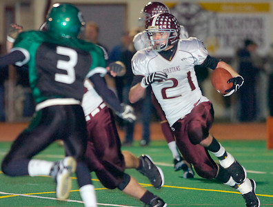 Bh-BL's Tyler Paluba carries the ball during Friday's Class A semi final win over Cornwall in Kingston. Ed Burke 11/20/09