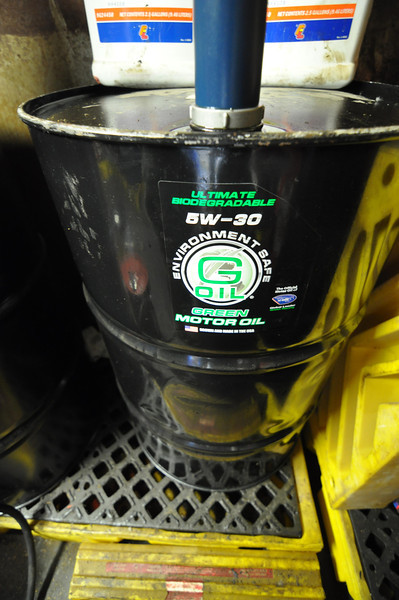 biodegradable motor oil