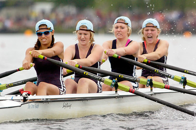Saratoga's Women's Junior Quad head down Saratoga Lake for the Final at the Scholastic Rowing Association of America National Championship Saturday morning. Photo Erica Miller 5/29/10 spt_TogaJrQuad1_Sun