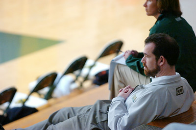 Siena Saints assistant coach Adam Chaskin watches the practice of the New York Knicks at Skidmore college Tuesday morning. Photo Erica Miller 9/29/09 spt_Chaskin_Wed