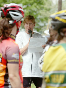 Maureen Roberts spoke a few word to the ladies and audience before the Womens Race in memories of Natalia Hogan at the Marshall and Sterling Saratoga Spa Crit Sunday morning. Photo Erica Miller 5/2/10 news_SpaCrit2_Mon