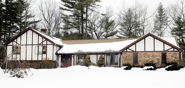 This house at 9 Lakeview Drive, Wilton, recently sold for $130,000. Photo Erica Miller 2/24/11 0305_Transaction
