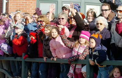 "Kids wave with cheers of ""choo-choo"" as the arrival of the Annual CP Holiday Train at the Saratoga Train Station. Photo Erica Miller 11/29/10 news_HolidayTrain4_Tues"