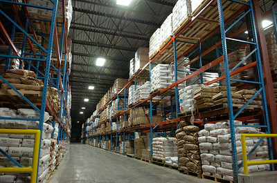 The Hillcrest Foods Inc. Distribution Center located near the rail road that they will be using to transport their food instead of using tractor trailers to help lower cost production and the use of fossil fuels. Photo Erica Miller 10/30/09 news_Hillcrest1_Sat
