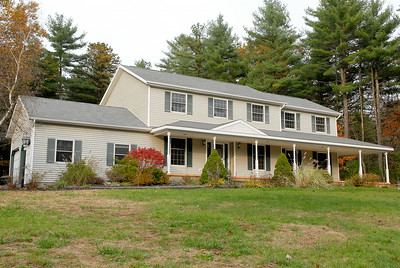 This house at 8 Canfield Court recently sold to Fannie Mae for $367,070. Photo Erica Miller 10/31/11 1105_Transaction
