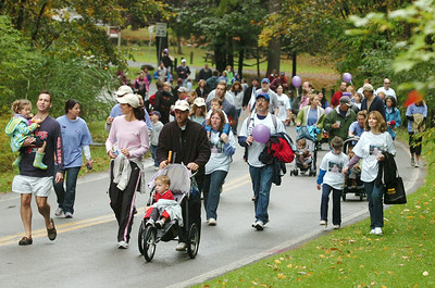Participants walk around the loops at the Saratoga Spa State Park Sunday morning for the 1st annual Saratoga Stroll for Epilepsy. Photo Erica Miller 9/27/09 news_Epilepsy2_Mon